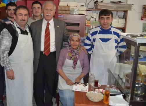 Photo of BEKTAŞOĞLU DERELİ'DEN OY İSTEDİ
