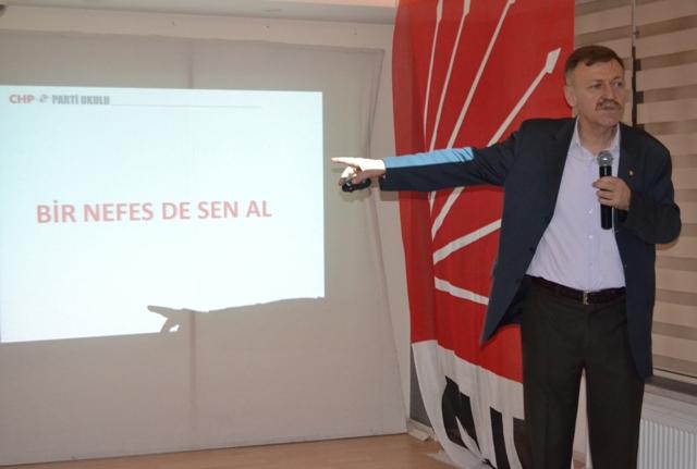 CHP PARTİ OKULU KURDU