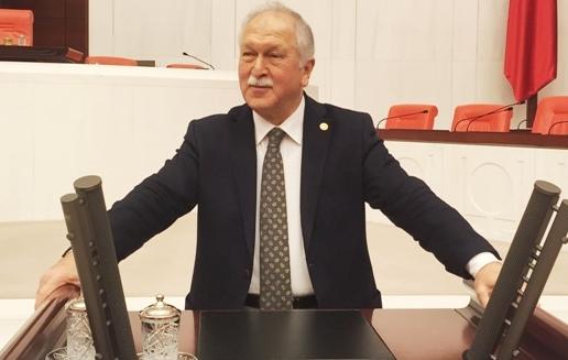 Photo of BEKTAŞOĞLU:TAŞERONA KADRO AKP YALANI