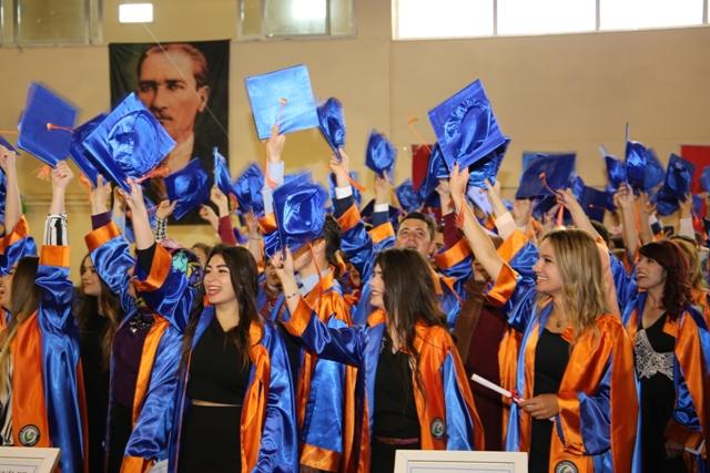 Photo of ALUCRA VE ŞEBİNDE MEZUNİYET TÖRENLERİ