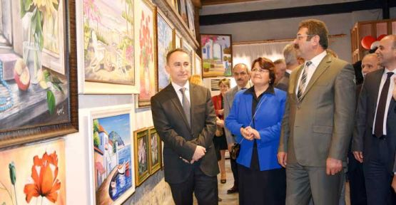 Halk Eğitim'in Yağlı Boya Sergisi açıldı