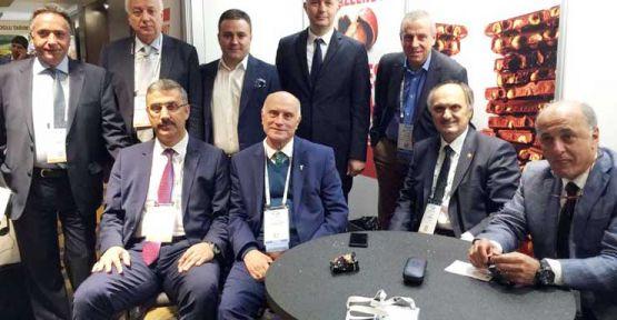 AKP'Lİ ÖZTÜRK'E 'KİMİN TEMSİLCİSİSİN' SORUSU
