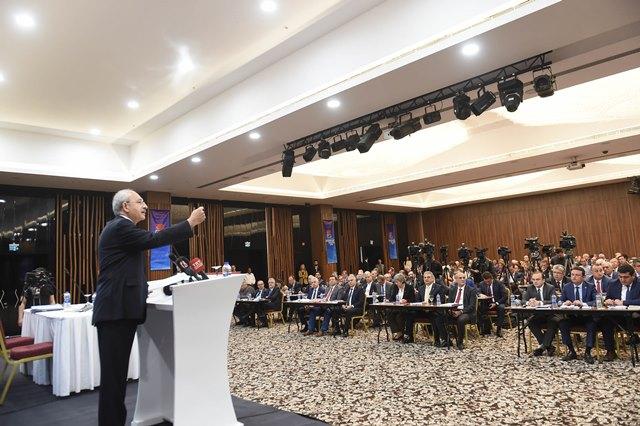 Photo of CHP: ÇETE GİBİ DAVRANAN YSK HUKUKU HİÇE SAYDI