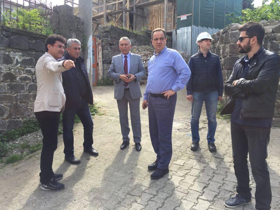 Photo of BAŞKAN AKSU ZEYTİNLİK'İ İNCELEDİ