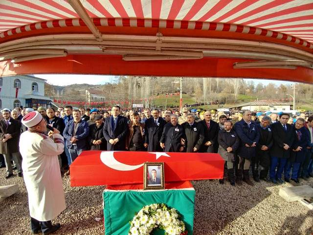 Photo of ŞEBİNKARAHİSAR ŞEHİT UFUK AKTAĞ'I UĞURLADI