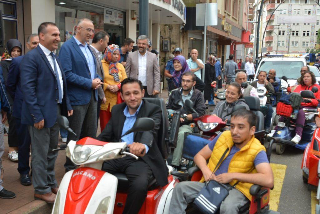 BULANCAK'TA ARTIK BİSİKLET VE ENGELLİ YOLU VAR