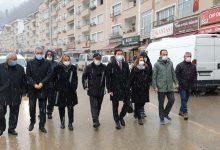 """Photo of CHP HEYETİ AFET BÖLGESİNDE: """"YARALAR SARILMADI"""""""