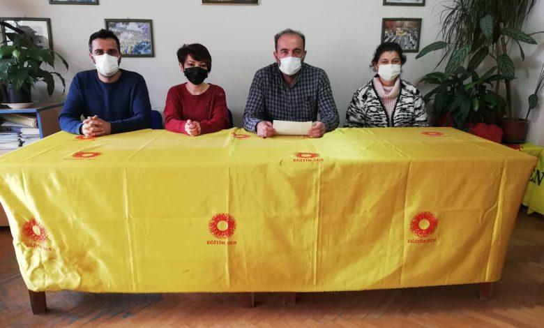 """EĞİTİM SEN: """"RİSK ALTINDAYIZ, AŞI İSTİYORUZ"""""""
