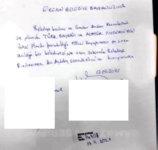 ŞENLİKOĞLU KENDİ POSTERİNİ DE ASTIRDI