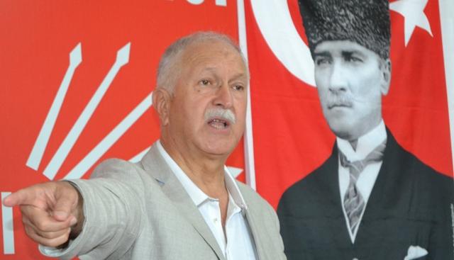 BEKTAŞOĞLU'NDAN AKP'YE  KIRMIZI KART