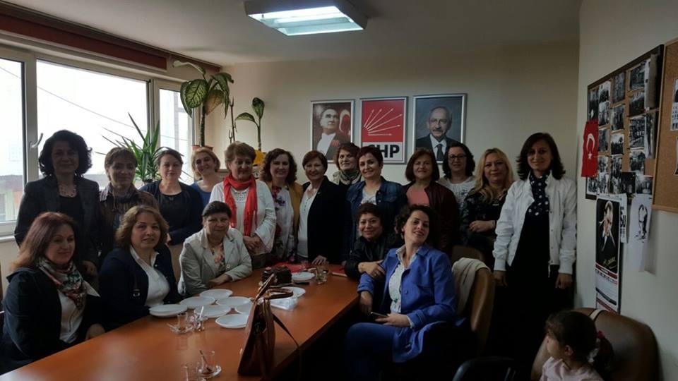 CHP'Lİ KADINLARDAN 'BOŞANMA KOMİSYONU' TEPKİSİ