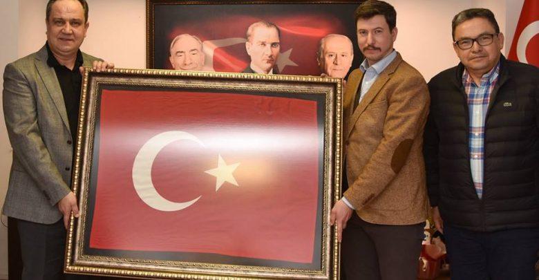 CHP ADAYI KERİM AKSU MHP'YE GİTTİ