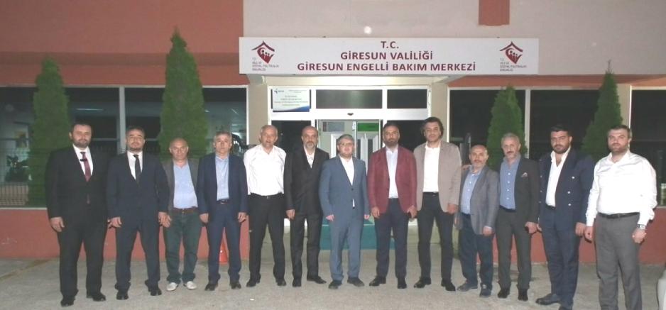 ASKON HEYETİ SERVET TÜRK'ÜN AİLESİNE TAZİYEYE GELDİ