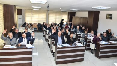 Photo of BELEDİYE MECLİSİ DOLMUŞA ZAMMINA EL KALDIRDI