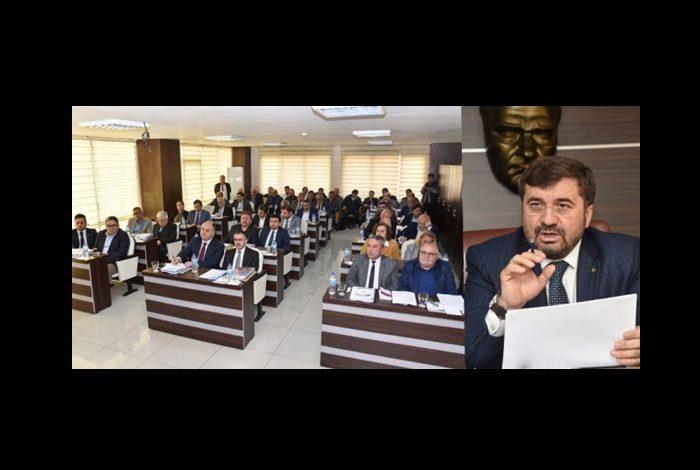 ŞENLİKOĞLU DA 'SATICI' ÇIKTI
